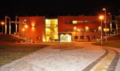 phoca_thumb_l_2-budynek
